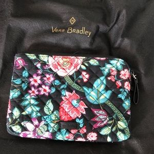 Vera Bradley large clutch Vines Floral